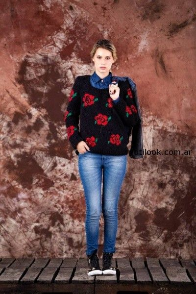 sweater con rosas tejido invierno 2014 by Agustina Saquer