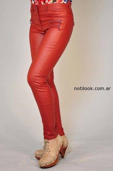 pantalon rojo de cuero mirta armesto