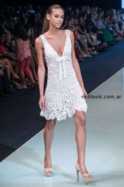 vestido blanco tejido artesanal Agustina Bianchi verano 2015