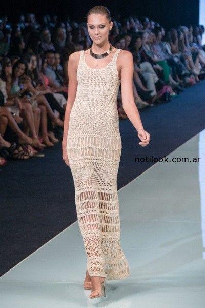 vestido largo tejido artesanal Agostina Bianchi verano 2015