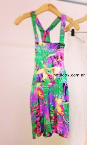 Vestido estampa tropical estancias chiripa verano 2015