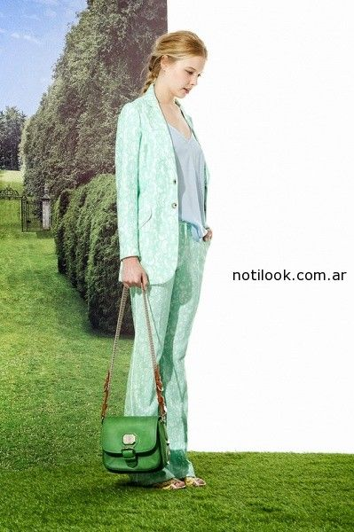 trajes femeninos estampados Jazmín Chebar
