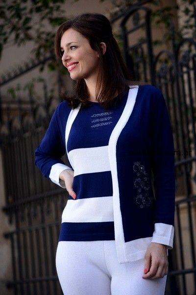 sweater y cardigan en blanco y azul di madani sweaters