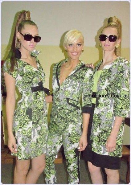 trajes femeninos estampados Adriana Costantini verano 2015
