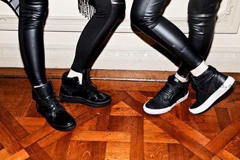 calzas engomadas con botitas  ONA SAEZ invierno 2015