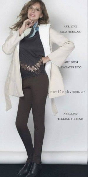 calza marron con remera  - Teresa Calandra invierno 2015