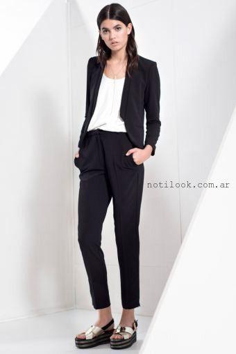 traje mujer con pantalon capri verano 2016 Markova