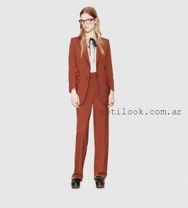 Gucci - Traje con estilo masculino para mujer invierno 2016