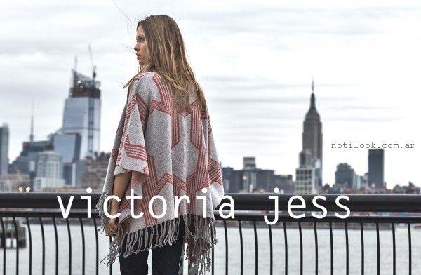 poncho gris tejido  - Victoria Jess invierno 2016