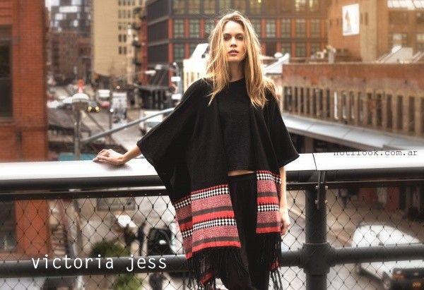 poncho negro tejido  - Victoria Jess invierno 2016