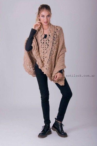 poncho tejido a crochet enriquiana otoño invierno 2016