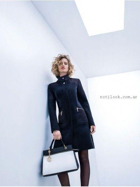 Tapado de cuero largo mujer invierno 2016 rafael for Look oficina invierno 2017