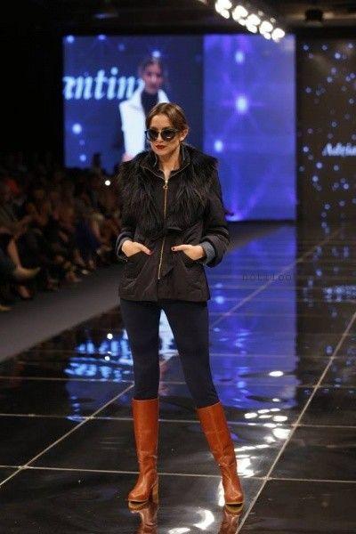 campera con cuello de piel sintetica Adriana Costantini invierno 2016