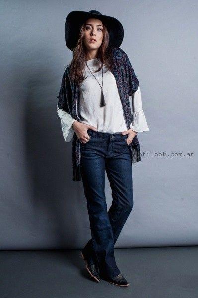 blusa con mangas largas y jeans recto orix invierno 2016