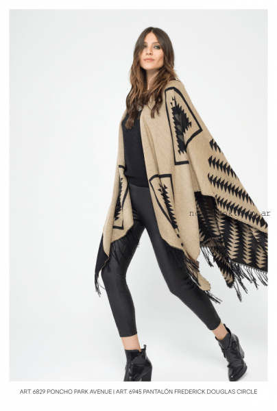 calza capri engomada y poncho mab invierno 2016