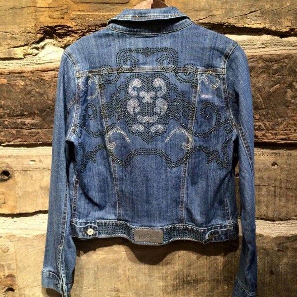 campera de jeans con espalda bordada Pago chico invierno 2016