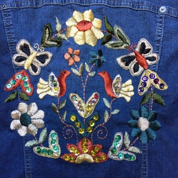 bordados en hilo en campera de jeans Las Dumas invierno 2016