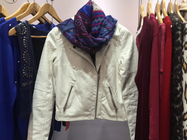 campera de cuero color manteca Wings invierno 2016