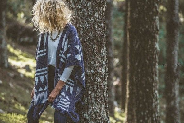 poncho tejido Abstracta invierno 2016