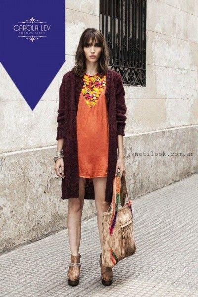 vestido corto de dia con saco tejido estilo bohemio Carola Lev invierno 2016
