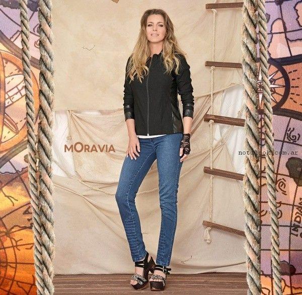 jeans con recortes Moravia jeans verano 2017