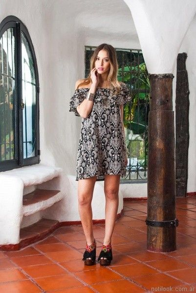 vestido corto con volados en los hombros carola lev verano 2017