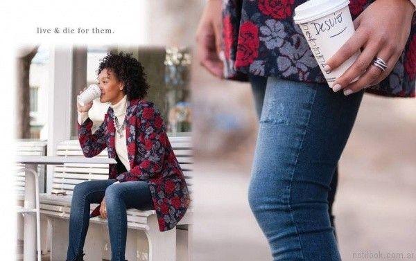 anticipo coleccion Desvio jeans con saco estampado invierno 2017