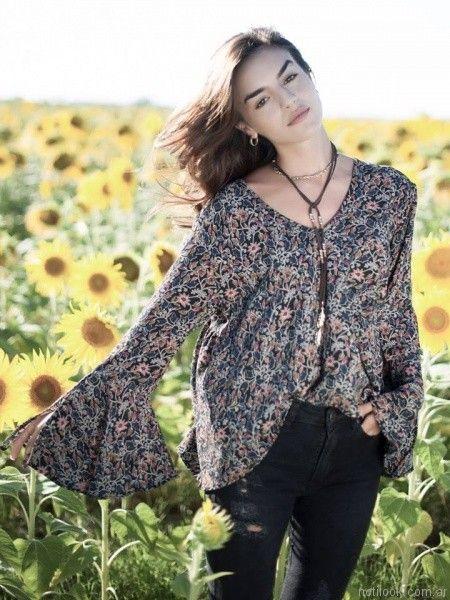 camisola con mangas amplias y jeans otoño invierno 2017 Rimmel