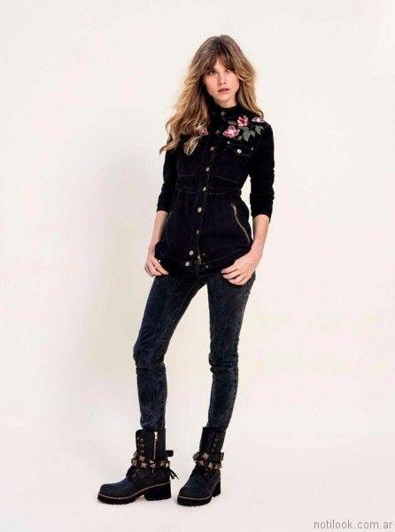 camisa negra de jeans con bordado en hilos V