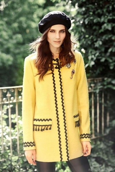 tapado amarillo India Style otoño invierno 2017
