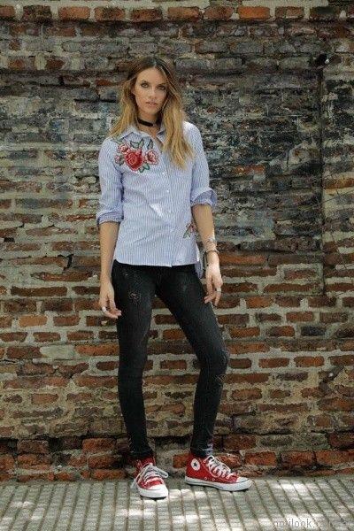 camisa a rayas con bordado floral Riffle Jeans invierno 2017