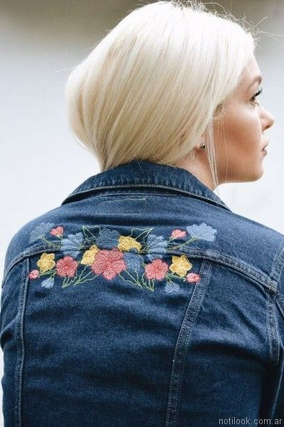campera de jeans con bordado floral yosi lovers otoño invierno 2017