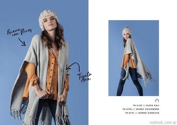 jeans elastizados y ruana tejida Legacy otoño invierno 2017