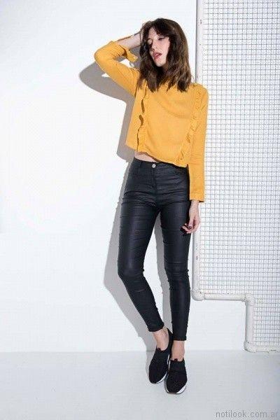 blusa juvenil mangas largas con volados al frente Caviar invierno 2017