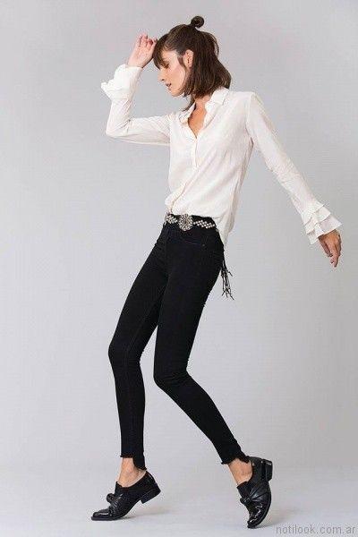 camisa blanca mujer Delaostia otoño invierno 2017