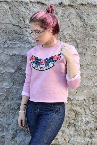 buzo frizado bordado rosa Dorcastar otoño invierno 2017