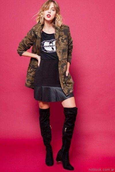 parka militar y falda de cuero For me Jeans otoño invierno 2017