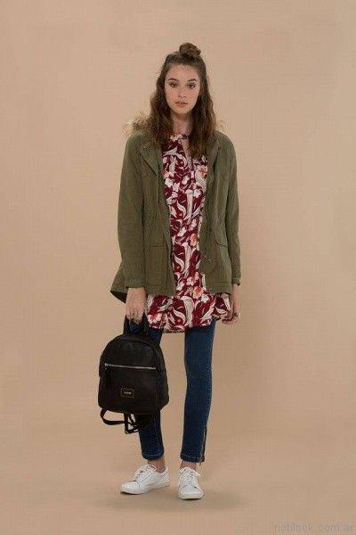 parka mujer y jeans chupin inversa otoño invierno 2017