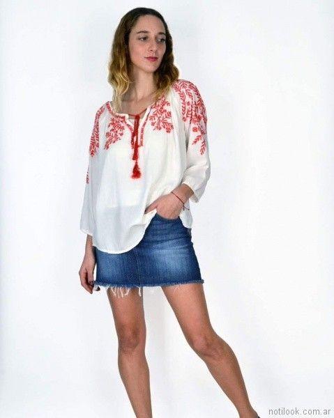 blusa bordada con minifalda jeans primavera verano 2018 SUMMA