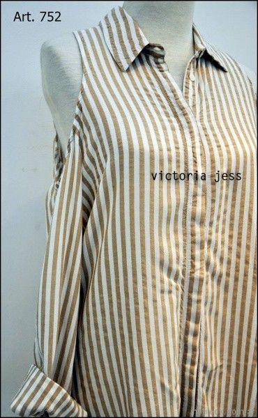 camisa mangas largas con hombros descubiertos Victoria jess Primavera verano 2018