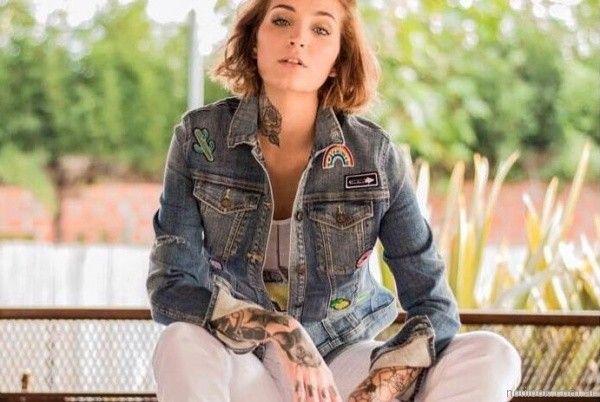 campera de jeans con apliques verano 2018 - Tivoglio bene