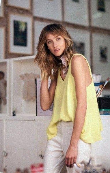 blusa amarilla y pantalon de lino verano 2018 - Legacy