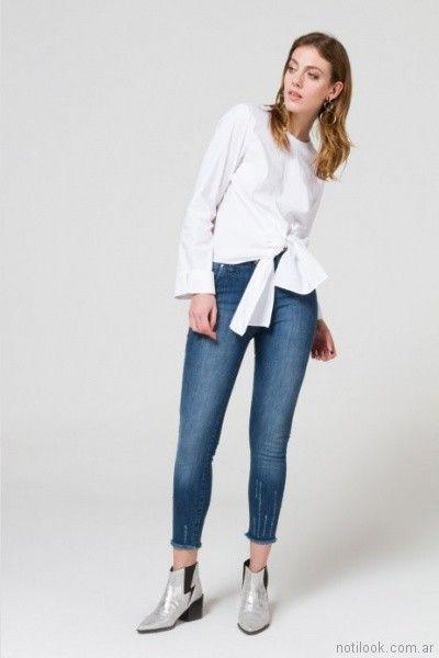 blusa blanca con jeans Desiderata primavera verano 2018