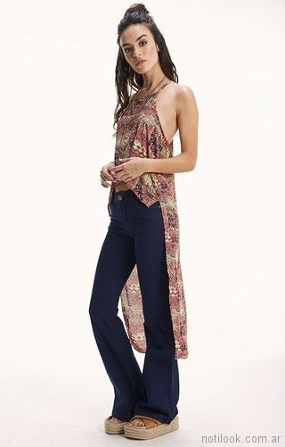 jeans oxford y blusa de terminacion asimetrica Rimmel primavera verano 2018
