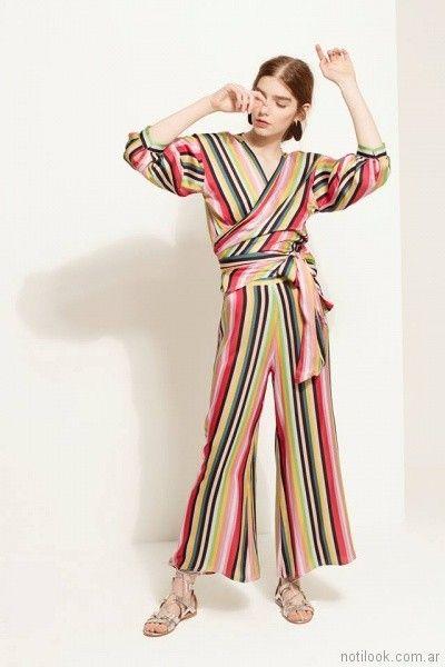 pantalon y blusa cruzada a rayas Carmela Achaval primavera verano 2018