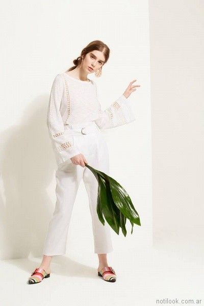 sweater de hillo con detalles calados Carmela Achaval primavera verano 2018