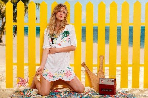 vestido corto para la playa con bordado en hilo Agustina Saquer primavera verano 2018