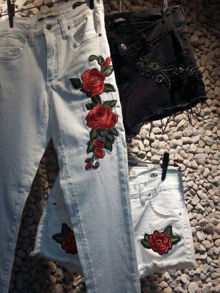 Riffle Jeans con apliques bordados primavera verano 2018