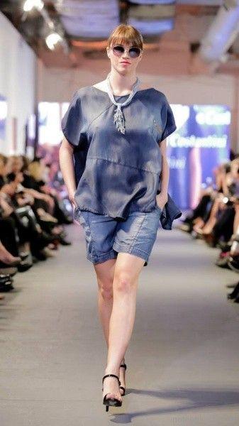 bermuda de jeans para señoras Adriana Costantini verano 2018