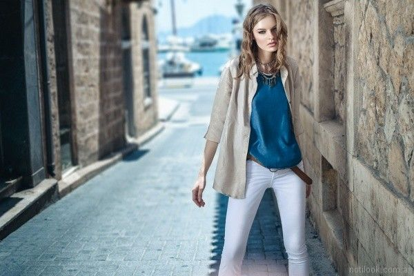 jeans blanco y blusa denim kill primavera verano 2018